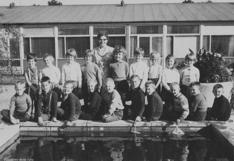 Bild3660 Hällekis Skola Klass 1 o 2 1962-63
