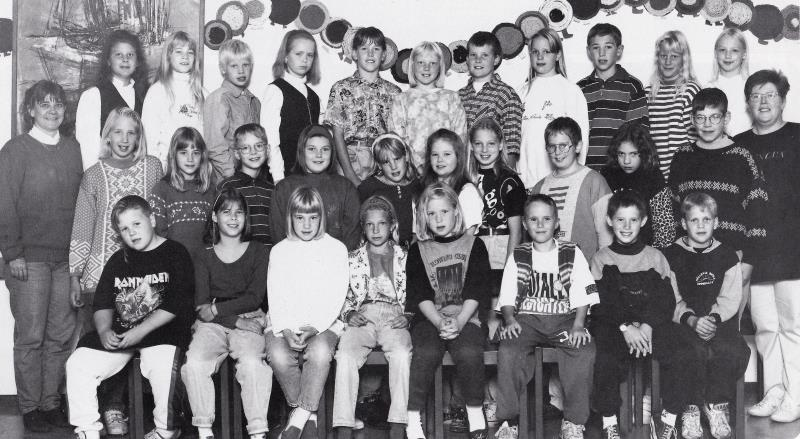Bild5782 Hällekis Skola 1993-94