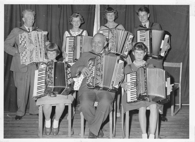 Bild137 Dragspelsavslutning 1958