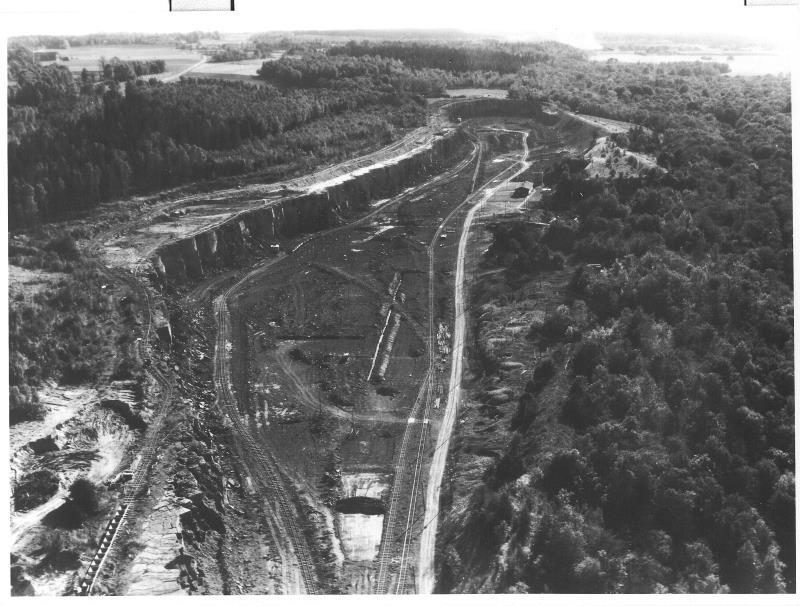Bild5127 Cementfabriken Hällekis Brottet