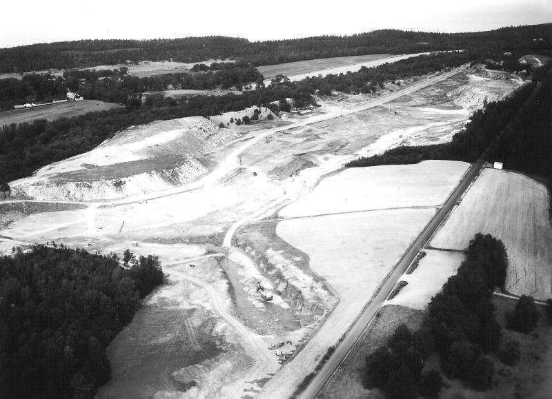 Bild5129 Cementfabriken Hällekis Brottet