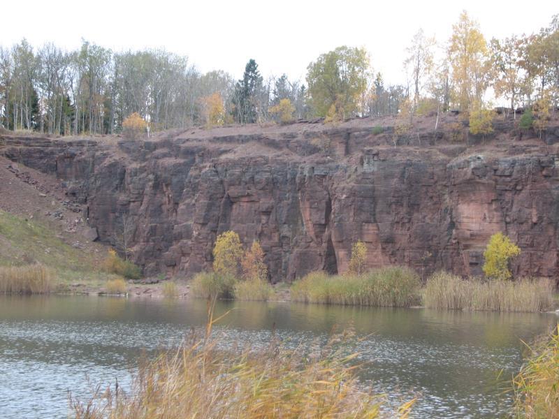 Bild71 Cementfabriken Hällekis Brottet