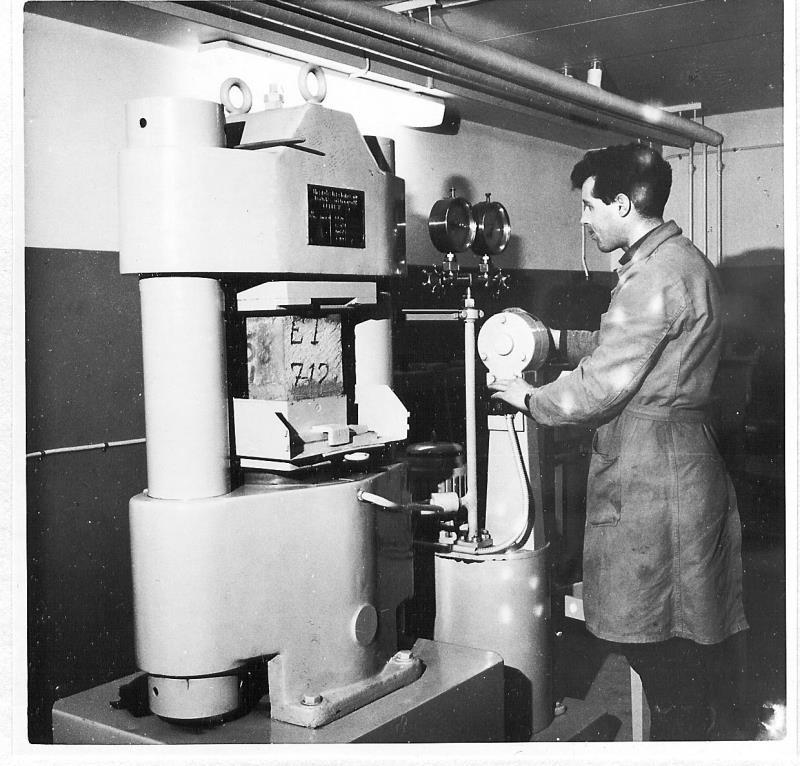 Bild4325 Cementfabriken Laboratoriet
