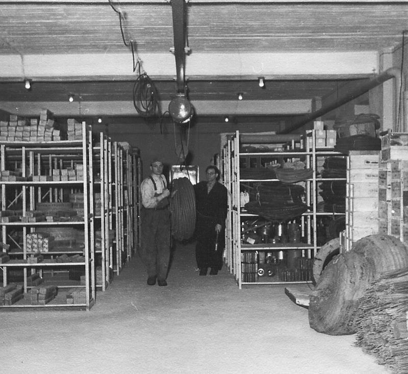 Bild4655 Cementfabriken Mek och förråd