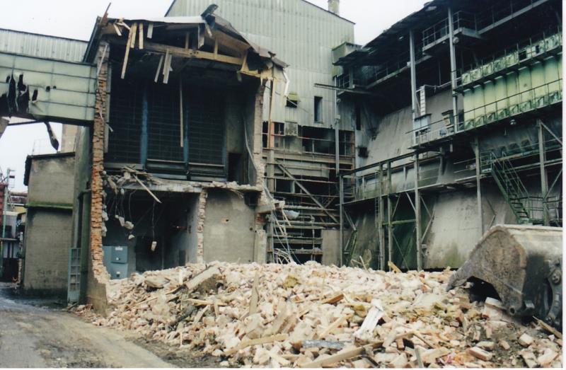 Bild4340 Rivning av Cementfabriken Hällekis