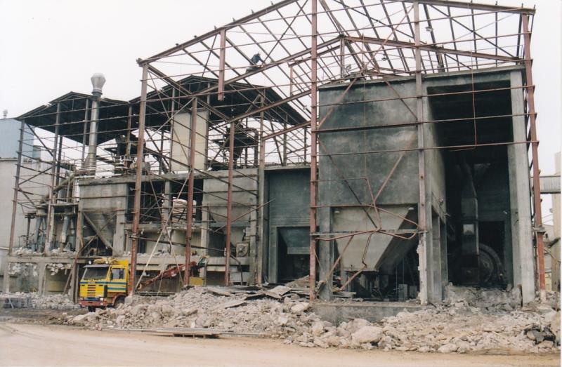 Bild4346 Rivning av Cementfabriken Hällekis