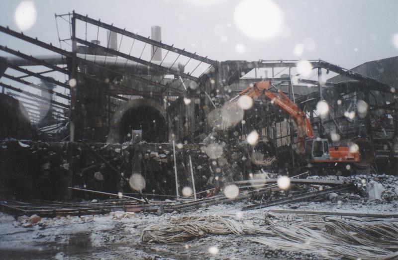Bild4371 Rivning av Cementfabriken Hällekis