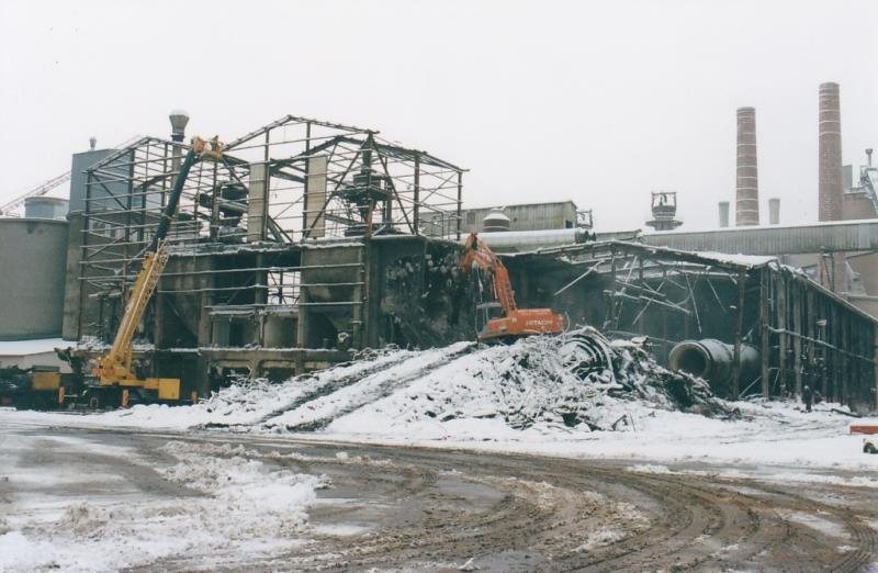 Bild4383 Rivning av Cementfabriken i Hällekis