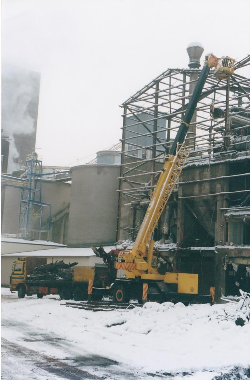Bild4386 Rivning av Cementfabriken Hällekis