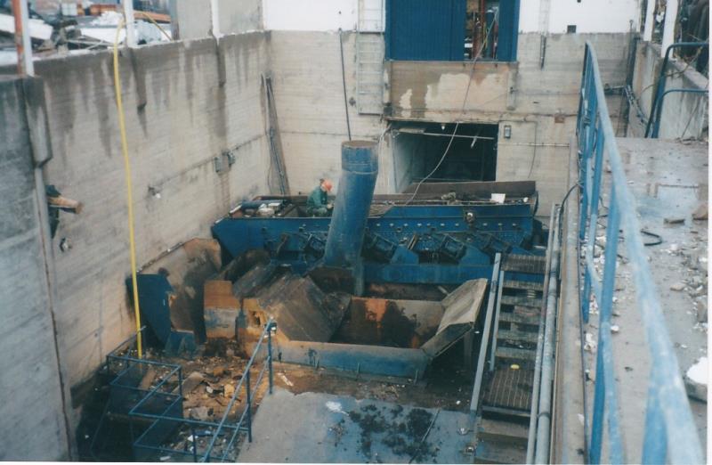 Bild4403 Rivning av Cementfabriken Hällekis