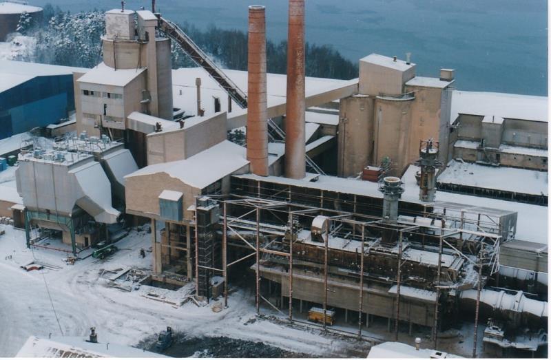 Bild4419 Rivning av Cementfabriken Hällekis