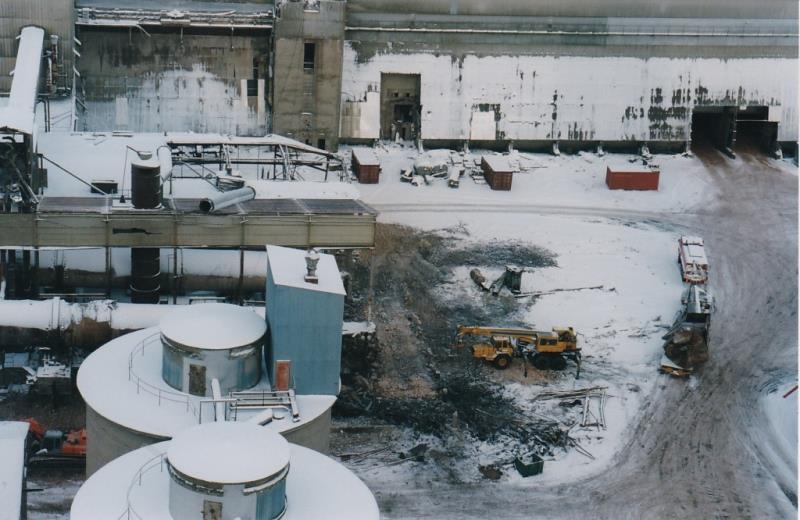 Bild4420 Rivning av Cementfabriken Hällekis