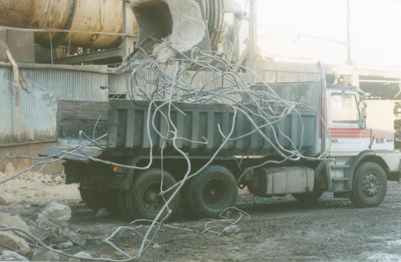 Bild4425 Rivning av Cementfabriken Hällekis