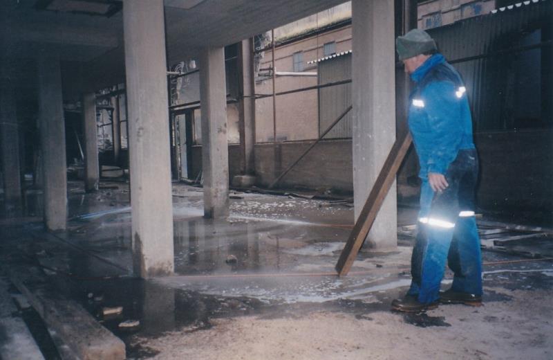 Bild4430 Rivning av Cementfabriken Hällekis