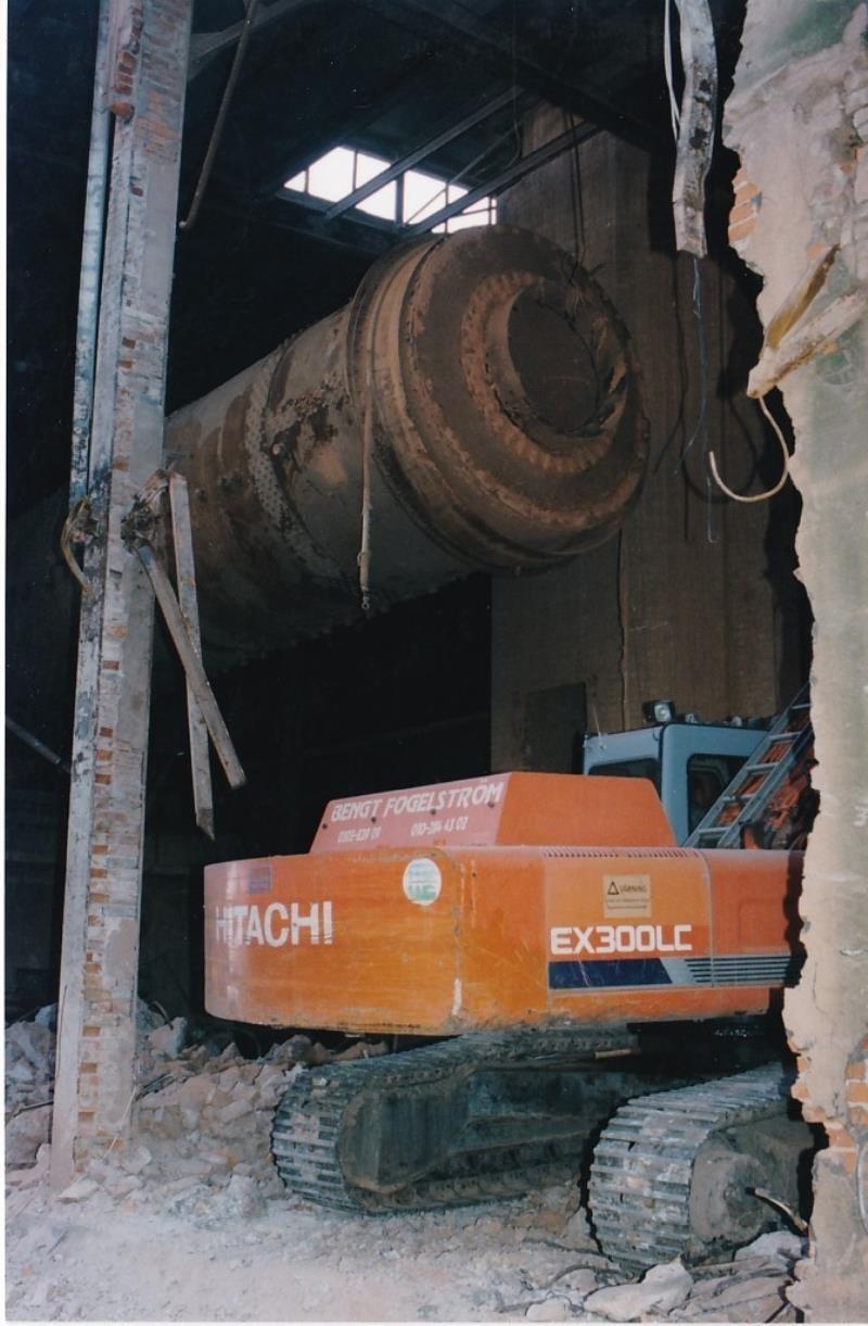 Bild4432 Rivning av Cementfabriken Hällekis