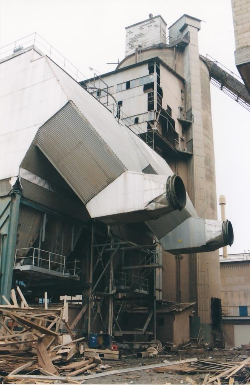 Bild4435 Rivning av Cementfabriken Hällekis