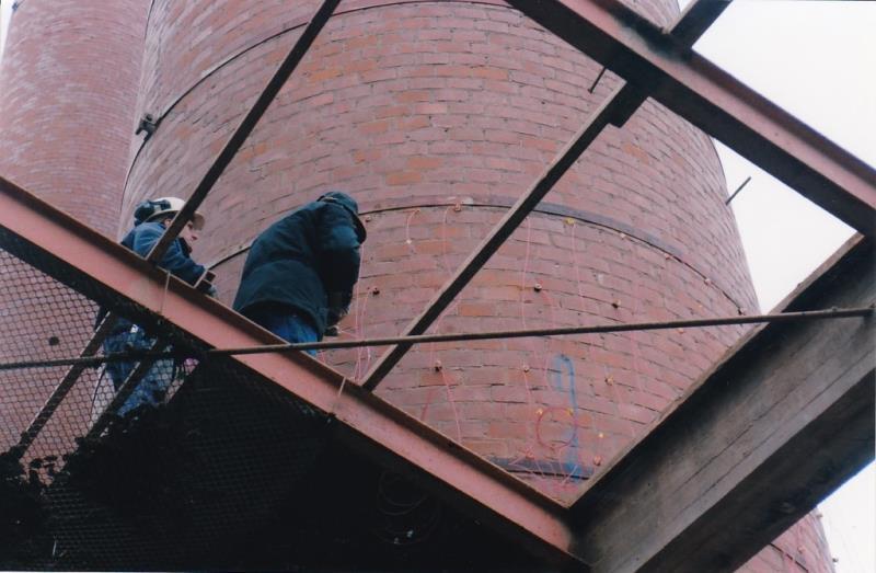 Bild4437 Rivning av Cementfabriken Hällekis