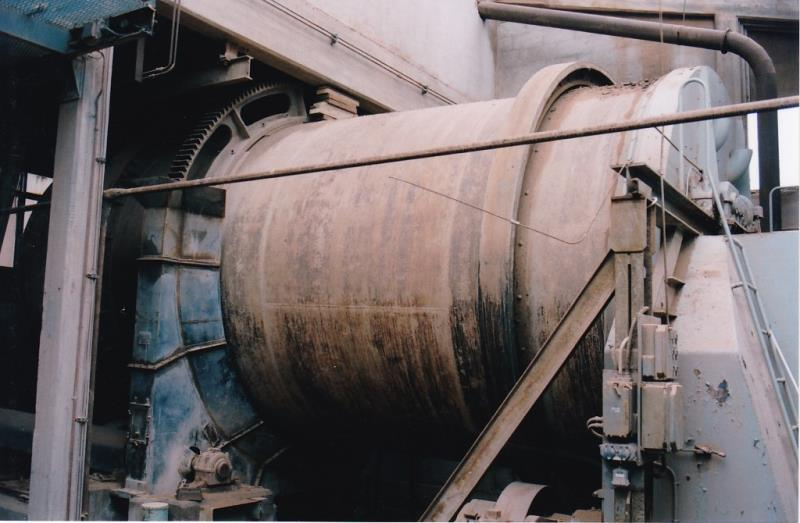 Bild4440 Rivning av Cementfabriken Hällekis