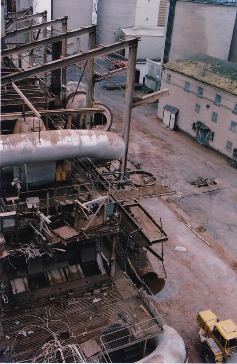 Bild4442 Rivning av Cementfabriken Hällekis