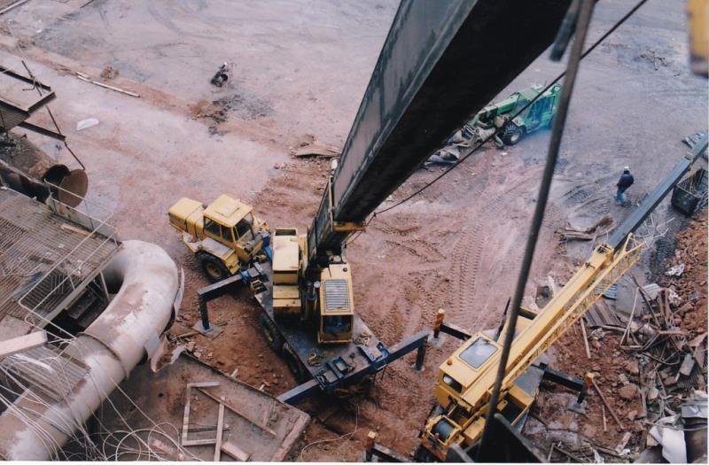 Bild4443 Rivning av Cementfabriken Hällekis