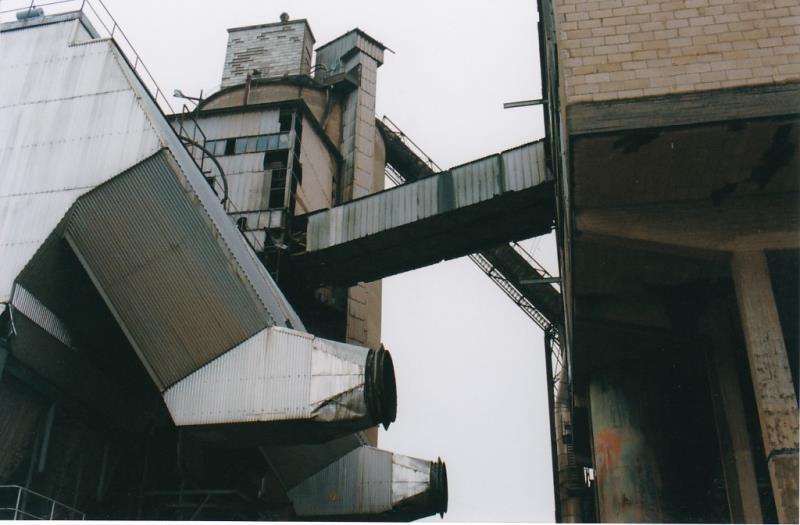 Bild4449 Rivning av Cementfabriken Hällekis
