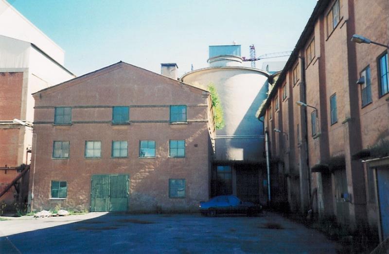 Bild2105 Rivning av Cementfabriken Hällekis