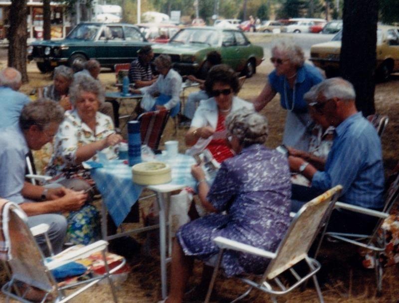 Bild3213 Pensionärer från Hällekis på 1980-talet
