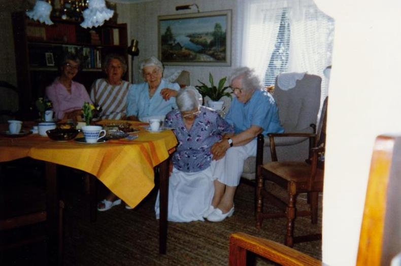 Bild3259 Pensionärer från Hällekis på 1980-talet