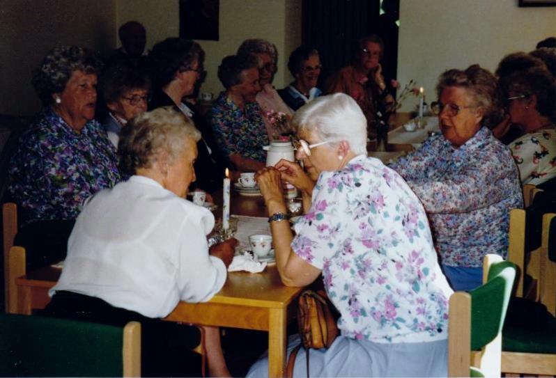 Bild3265 Pensionärer från Hällekis på 1980-talet