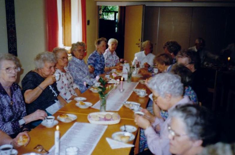 Bild3267 Pensionärer från Hällekis på 1980-talet