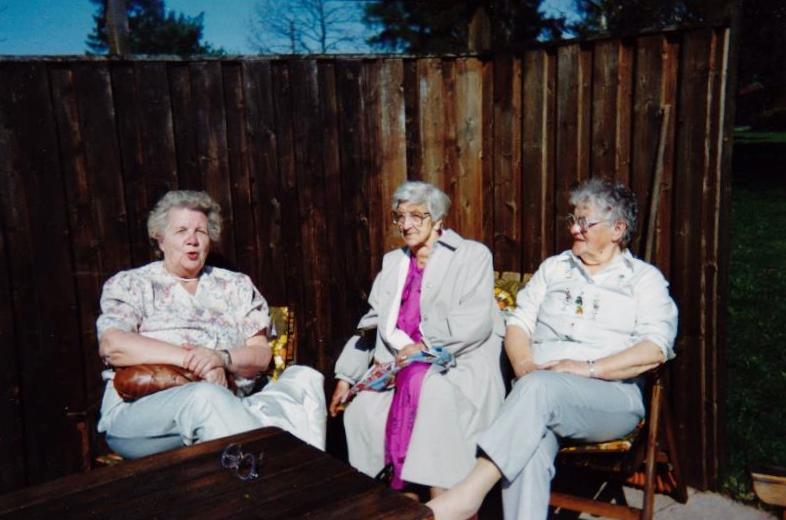 Bild3270 Pensionärer från Hällekis på 1980-talet