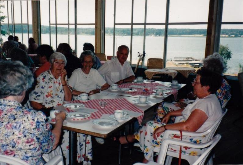 Bild3299 Pensionärer från Hällekis på 1980-talet
