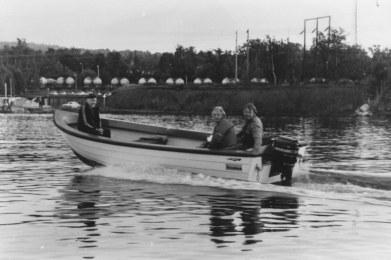 Bild1376 Hällekis div. bilder Fisketävling på Vänern.