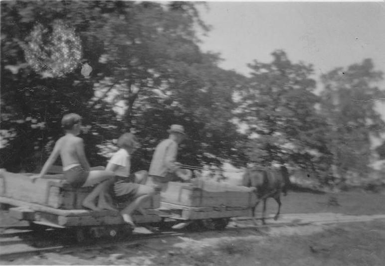Bild975 1938 Hellekis Hamn