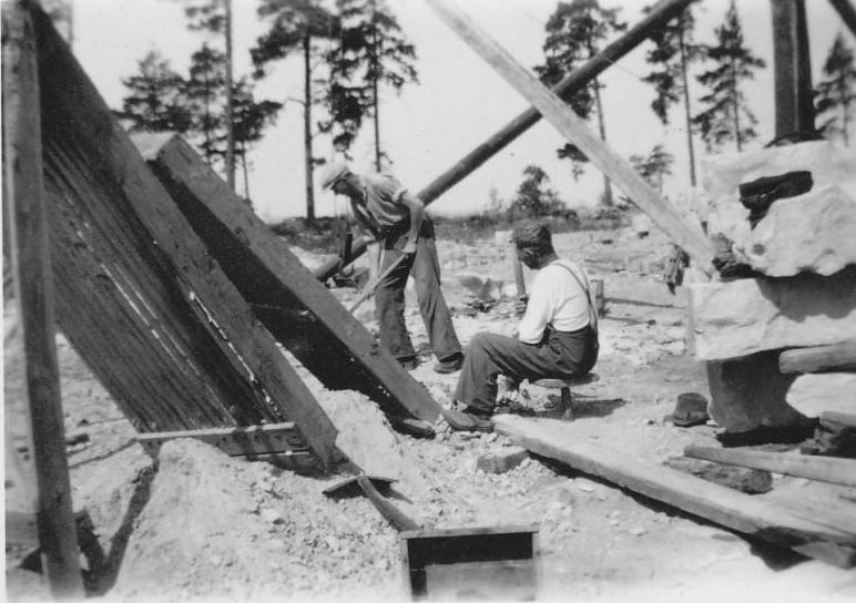 Bild985 Stenbrytningen Hellekis Hamn