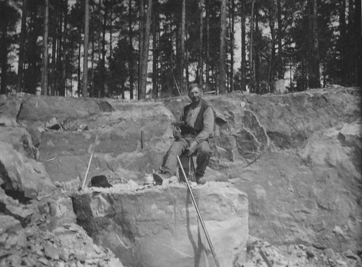 Bild990 Stenbrytning 12 Juni 1929 Hellekis Hamn