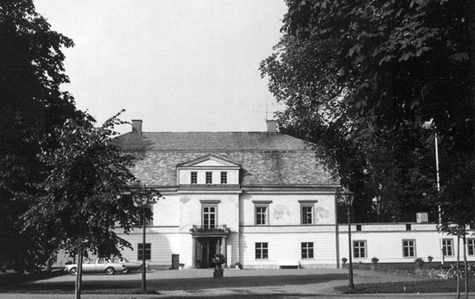 Bild 1624 Hällekis Samhälle