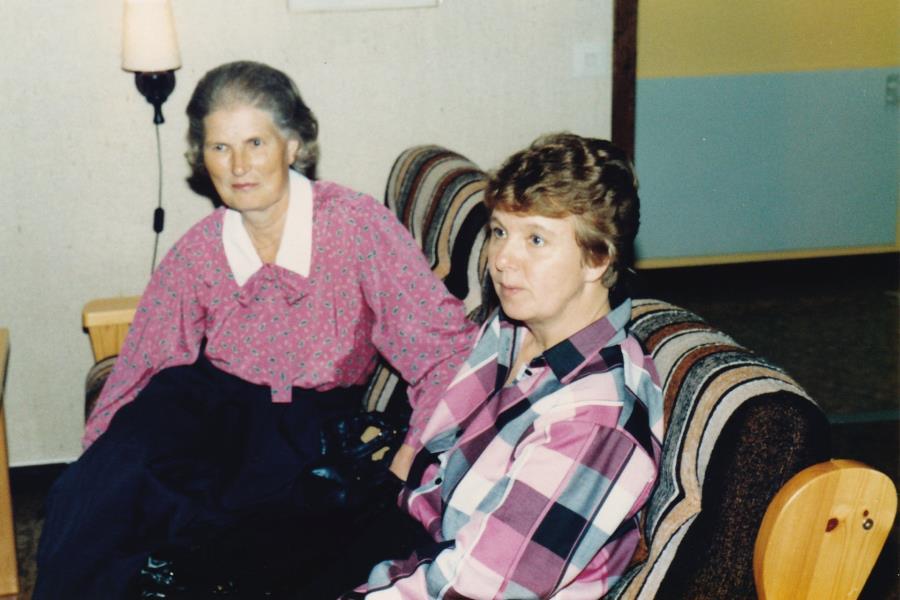 Bild6033 Hällekis IF Firar Nils Cardesjö 25 år som lagledare 1985